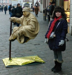 Trier street theatre: levitating man