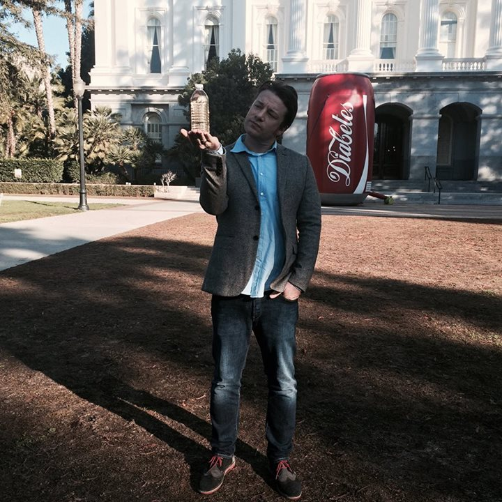 "Jamie Oliver in front of a can of cola misleadingly labelled ""Diabetes"""