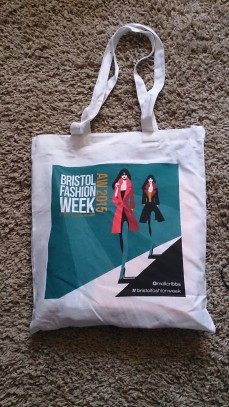 Fashion show bag